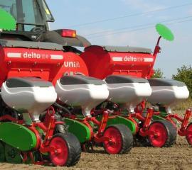 siewnik-punktowy-pneumatyczny-do-kukurydzy-delta.7_f