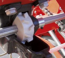 siewnik-punktowy-mechaniczny-do-kukurydzy-gamma.2_f